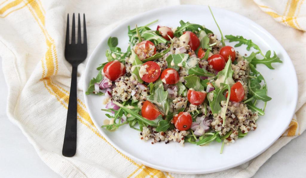 tajska sałatka z quinoa
